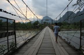 Laos & Thailand 2012 – dag 5 – Met de fiets door VangVieng